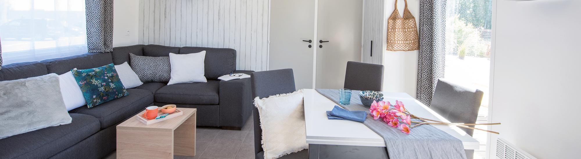 mobil homes r sidentiels 2 chambres kaledaduo mobil home. Black Bedroom Furniture Sets. Home Design Ideas